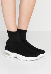 MSGM - DONNA SHOES - High-top trainers - black - 0