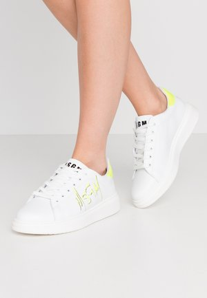 SCARPA SHOES - Trainers - neon/white