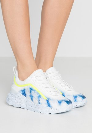 Trainers - blue/white