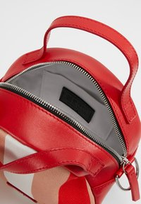 MSGM - TAMBOURINE BAG - Schoudertas - pink/red/white/black - 4
