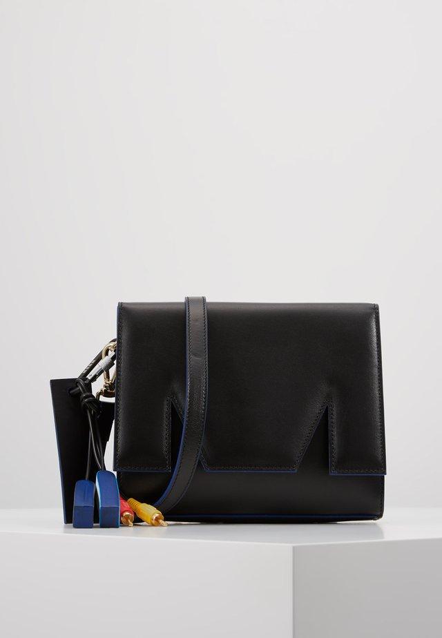 Umhängetasche - black