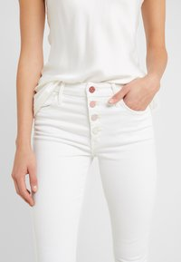 Mother - THE PIXIE ANKLE  - Jeans Skinny Fit - taste the rainbow - 3