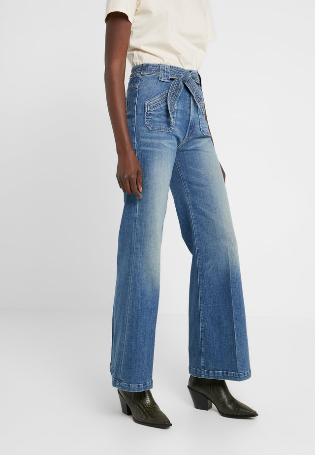 THE TIE PATCH ROLLER - Relaxed fit jeans - popism