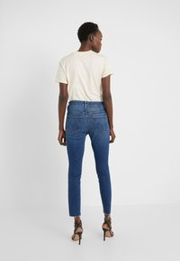 Mother - THE HIGH WAISTED LOOKER ANKLE FRAY SKINNY - Jeans Skinny Fit - night clubbing - 2