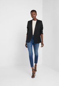 Mother - THE HIGH WAISTED LOOKER ANKLE FRAY SKINNY - Jeans Skinny Fit - night clubbing
