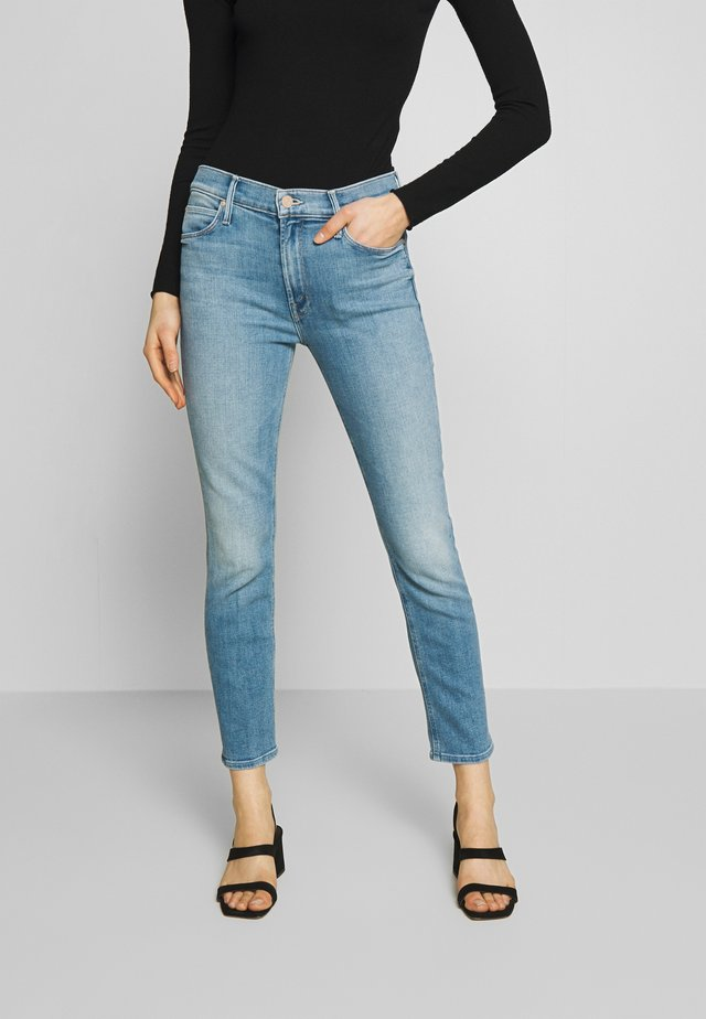 THE MID RISE DAZZLER ANKLE - Jeans Skinny - camp expert