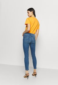 Mother - THE LOOKER CROP  - Skinny džíny - blue denim - 2