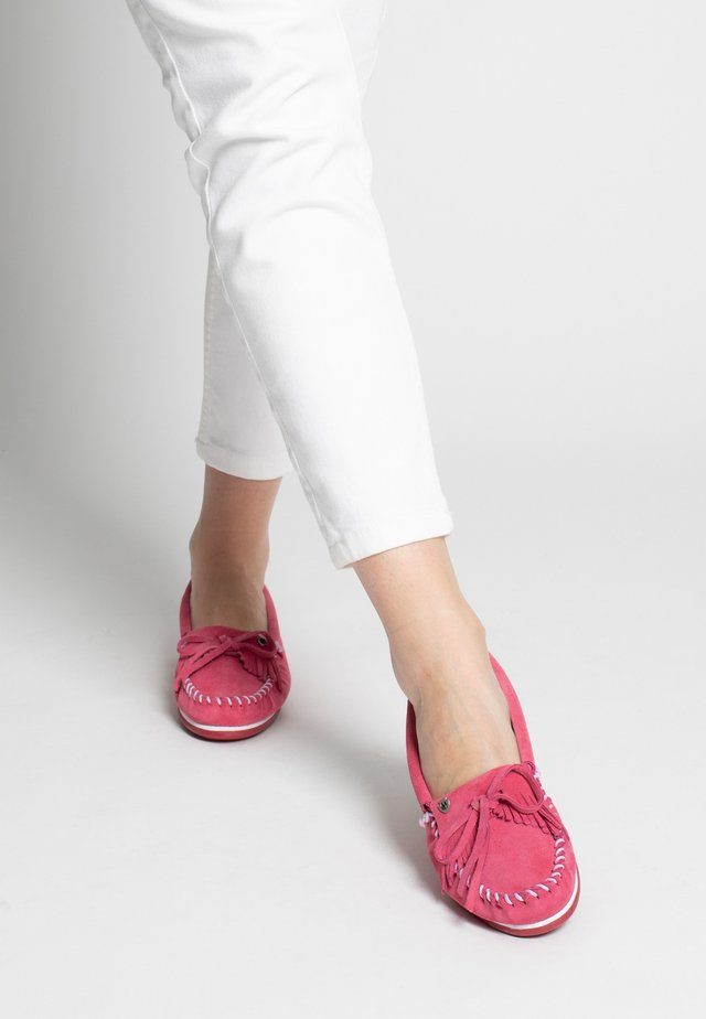 KILTY PLUS - Moccasins - hellpink