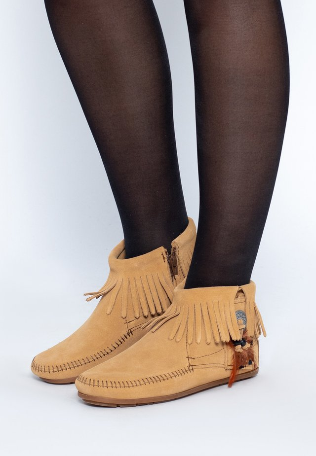 CONCHO FEATHER - Korte laarzen - light brown