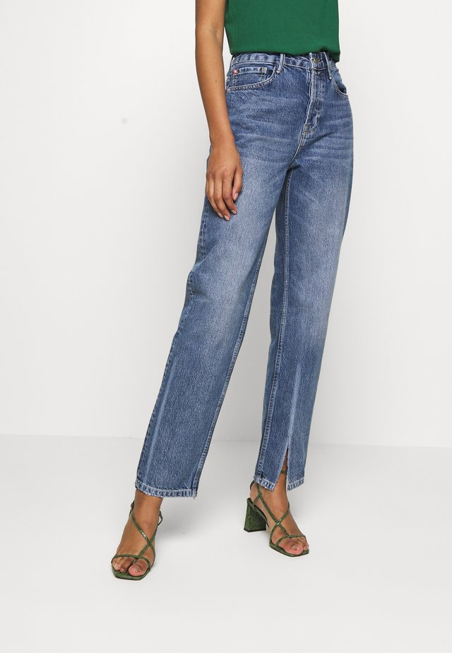 EVERYDAY - Relaxed fit jeans - light blue