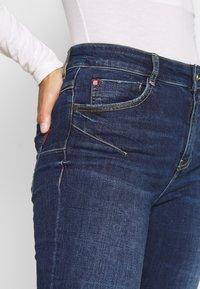 Miss Sixty - BETTIE CROPPED - Jeans Skinny Fit - light blue - 5
