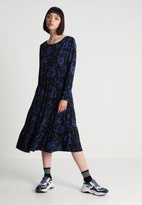 Minimum - SHANICE - Robe d'été - sodalite blue - 0