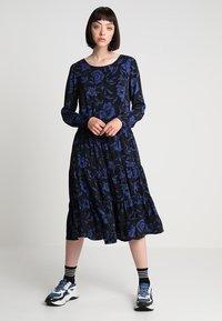 Minimum - SHANICE - Robe d'été - sodalite blue - 2