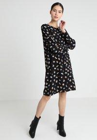 Minimum - ANKITA - Robe d'été - black - 1