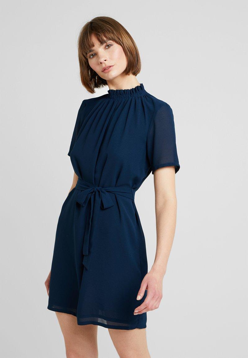 Minimum - LAMA DRESS - Robe d'été - navy blazer