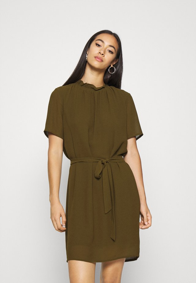LAMA - Sukienka letnia - dark olive