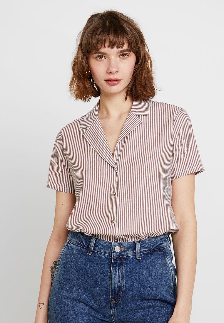 Minimum - CATHIA - Button-down blouse - tobacco brown