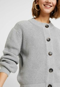 Minimum - AFFIE  - Cardigan - light grey - 5