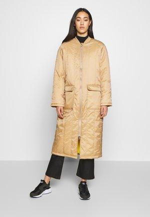 Manteau classique - tannin