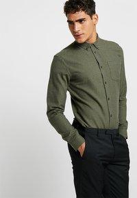 Minimum - JAY - Overhemd - drab melange - 0