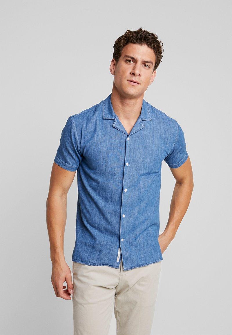 Minimum - EMANUEL - Shirt - light blue