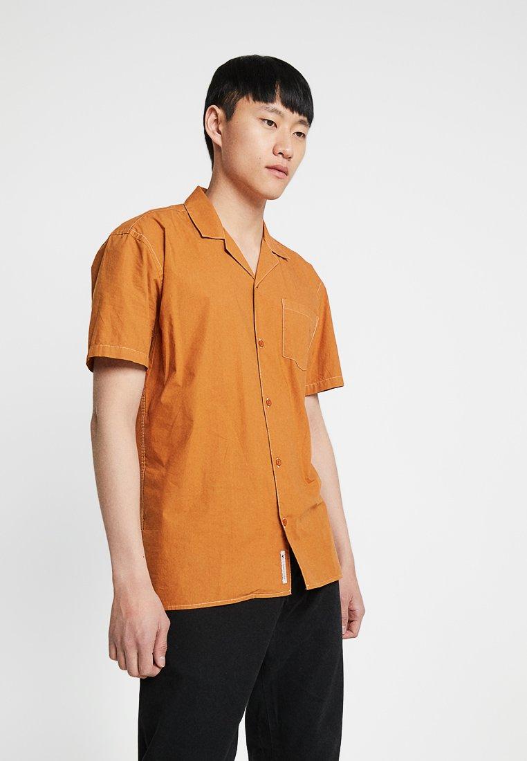 Minimum - LOWE - Camisa - sudan brown