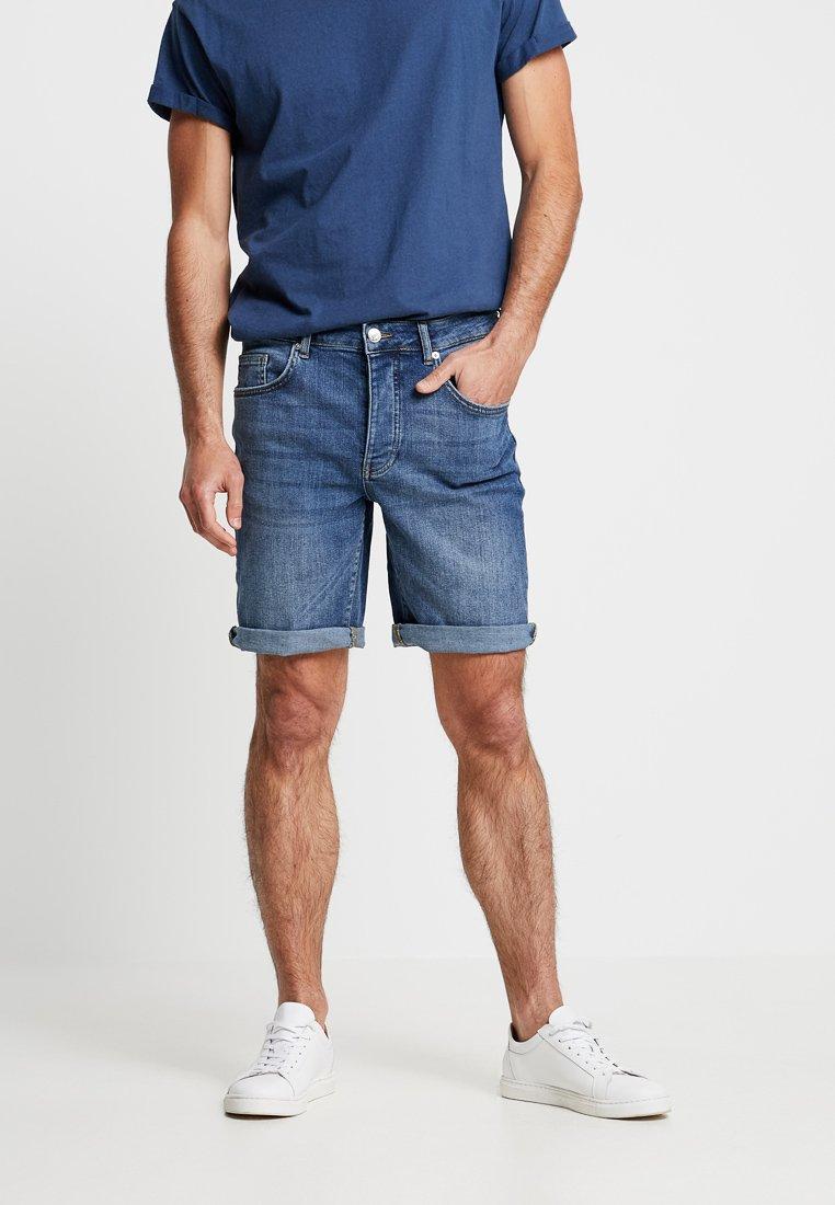 Minimum - SAMDEN - Jeans Shorts - medium blue