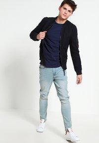 Minimum - DELTA - Basic T-shirt - dark iris - 1