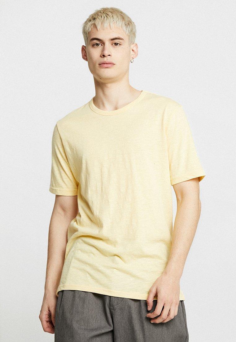 Minimum - DELTA  - Basic T-shirt - lemon drop melange