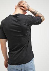 Minimum - DELTA  - T-shirt basic - black - 2