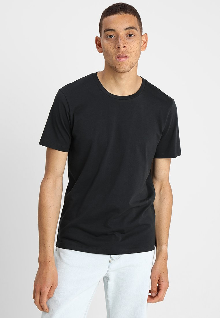 Minimum - LUKA - Basic T-shirt - black