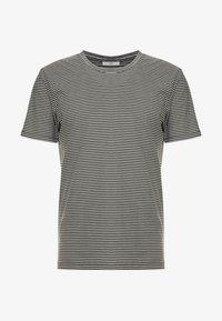 Minimum - LUKA - T-shirt basic - racing green - 3