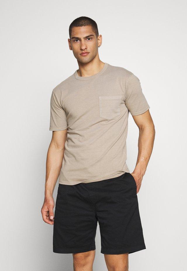 HARIS  - T-shirt basic - seneca rock