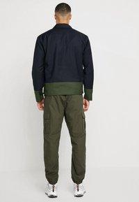 Minimum - HOLSE - Giacca leggera - navy blazer - 2