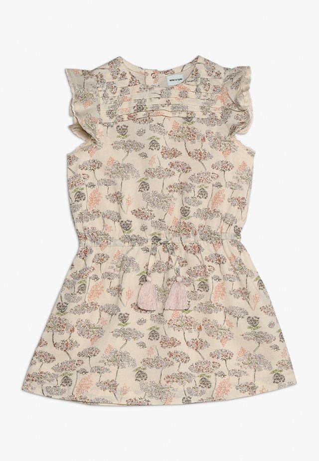 SEBINA DRESS - Freizeitkleid - créme de peche