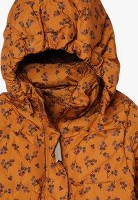 MINI A TURE - WENCKE JACKET - Down coat - autumnal brown - 4