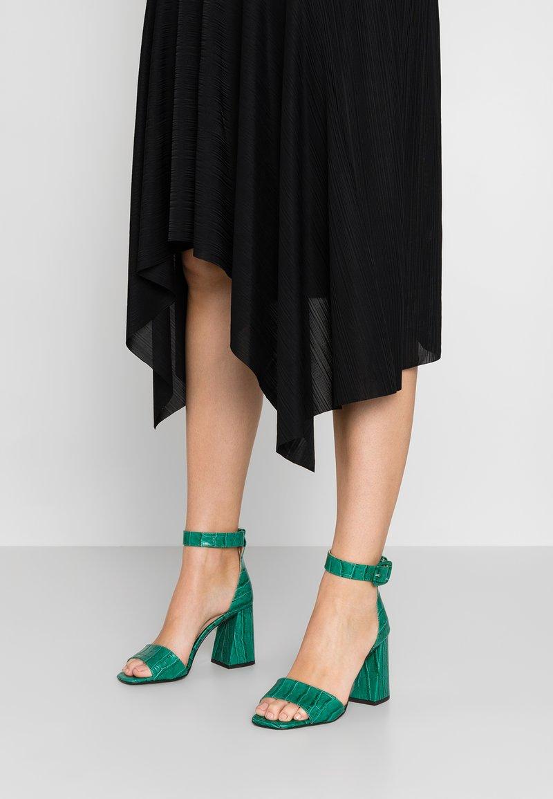 Minelli - Højhælede sandaletter / Højhælede sandaler - vert