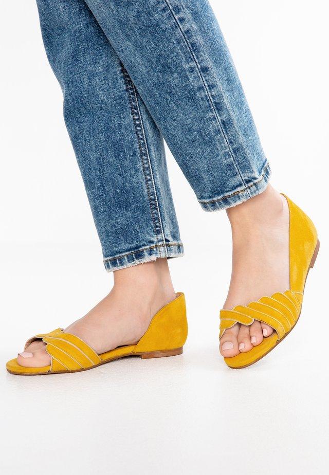 Riemensandalette - jaune