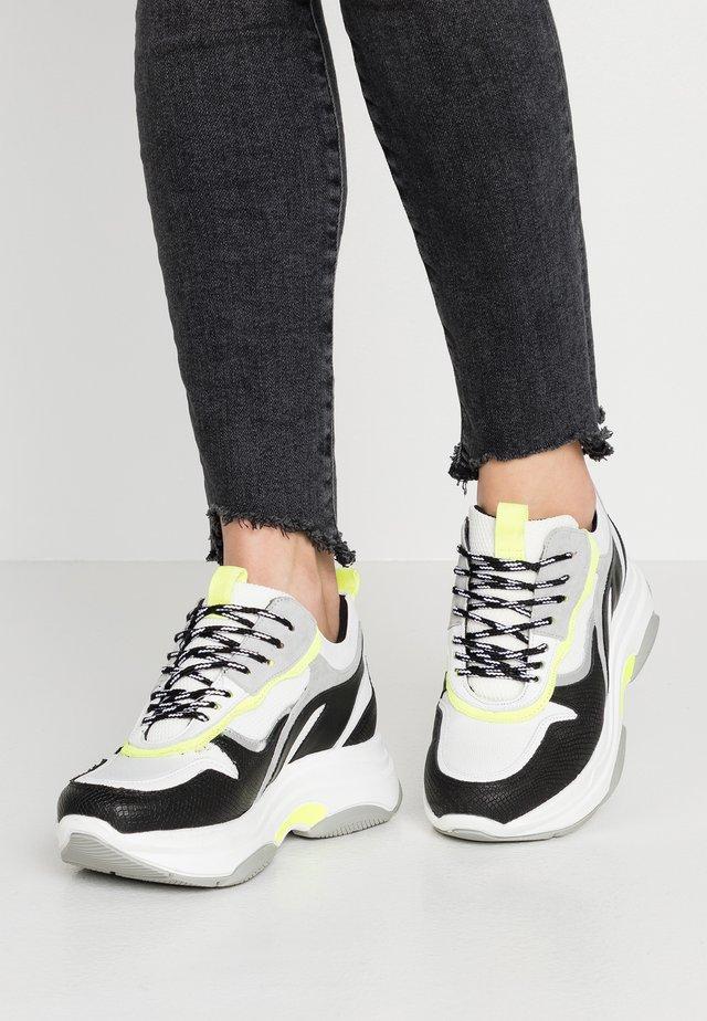 Sneaker low - noir/jaune