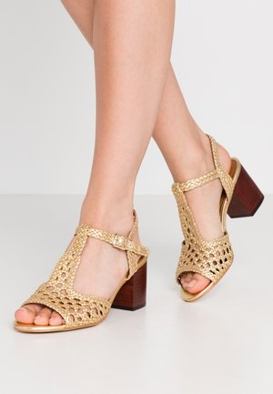 Sandals - or