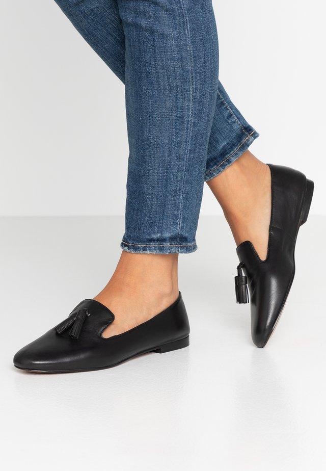 Loaferit/pistokkaat - noir