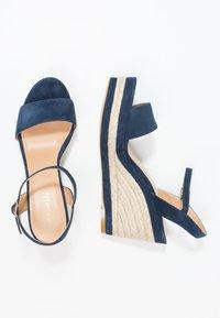 Minelli - Korolliset sandaalit - marine - 1