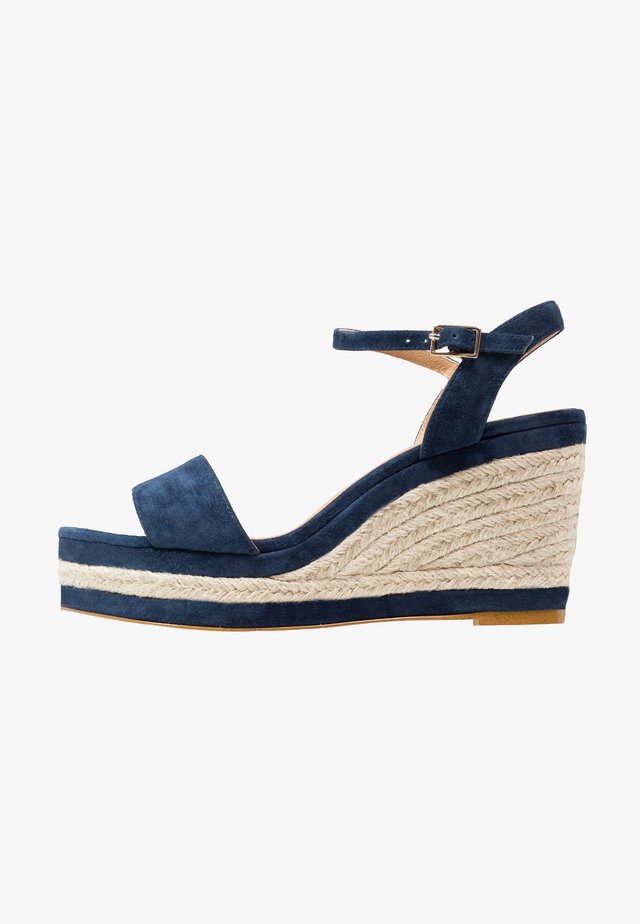 High heeled sandals - marine