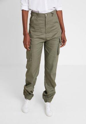 PLAIN CARGO TROUSER - Kalhoty - khaki