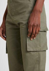 Missguided Tall - PLAIN CARGO TROUSER - Bukse - khaki - 5