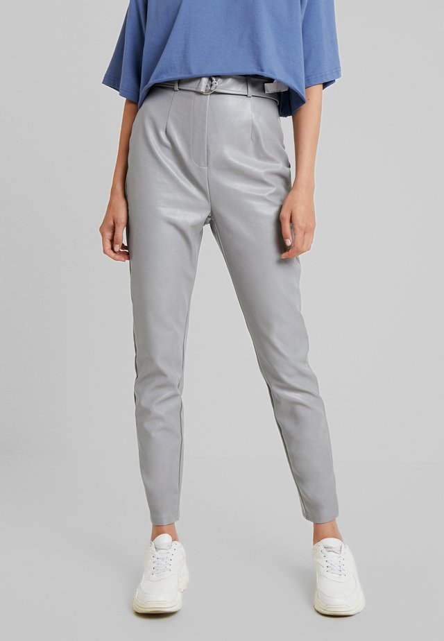 BELTED CIGARETTE - Trousers - grey