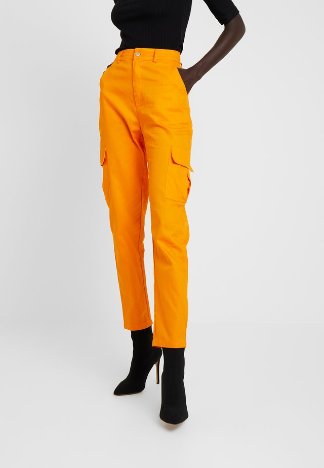 HIGH WAISTED TROUSERS WITH SIDE POCKETS - Tygbyxor - caramel