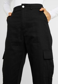 Missguided Tall - HIGH WAISTED TROUSERS WITH SIDE POCKETS - Kalhoty - black - 5