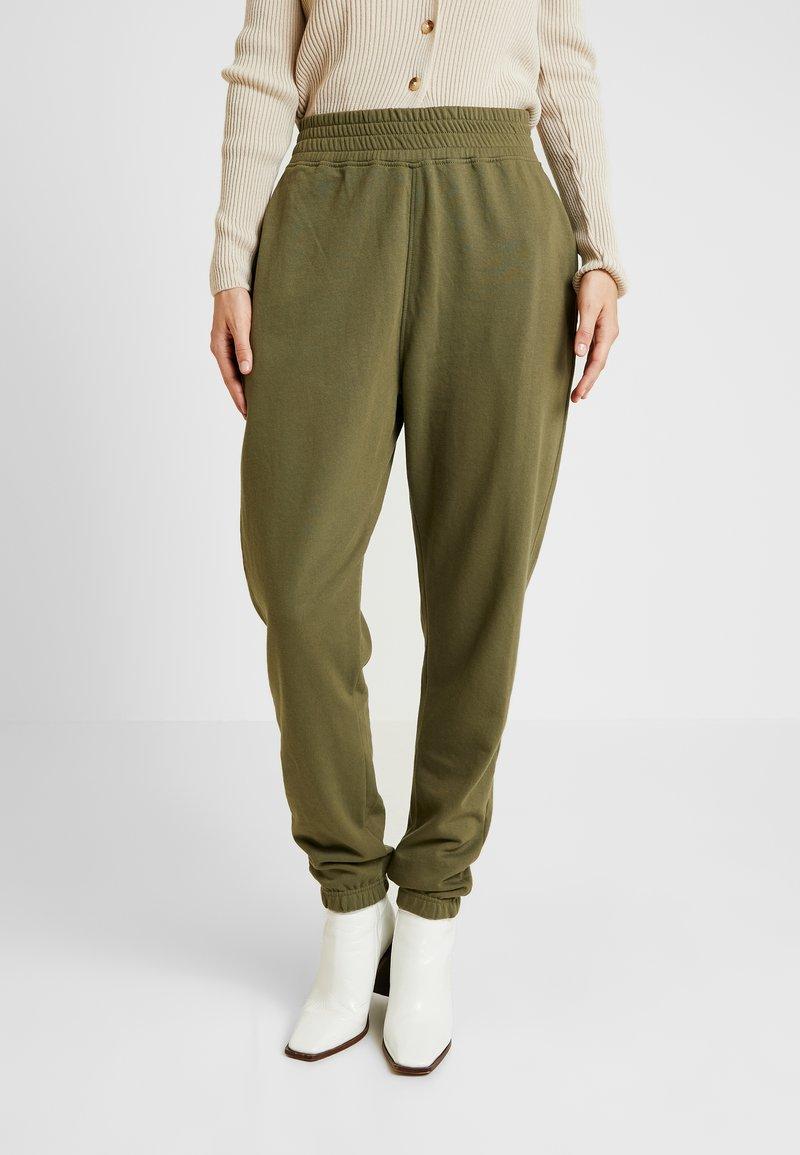 Missguided Tall - HIGH WAISTED SLIM LEG - Pantalon de survêtement - khaki