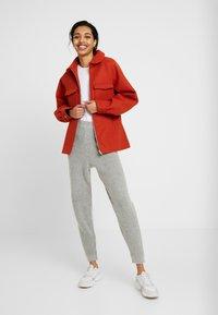 Missguided Tall - PREMIUM RIBBED JOGGER - Pantaloni sportivi - grey - 1